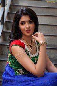 Deeksha Seth Canon 5D Photos