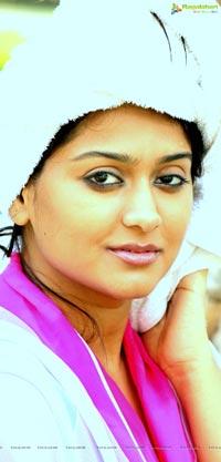 Varsha Ashwathi Image Portfolio