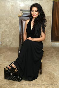 Model Juliana Nicol
