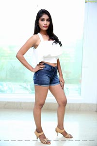 Model Bhavana
