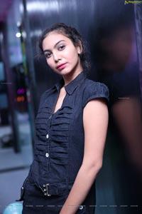Simran Sania