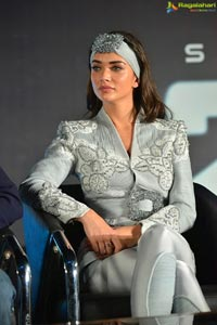Amy Jackson at 2.0 Trailer Launch