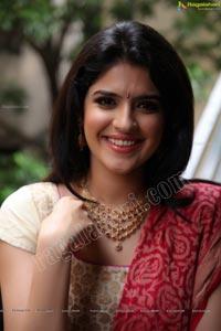 Deeksha Seth Pink Designer Salwar