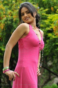 Ritu Kaur High Definition Stills