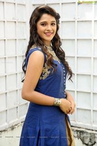 Telugu heroine elsa ghosh photos - Miton cucine forum ...