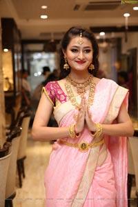 Nilofer Haidry Manepally Jewellers Utsavi Collection Launch