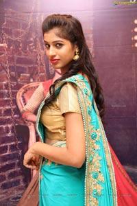 Model Naziya Khan