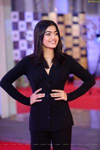 Heroine Rashmika Mandanna