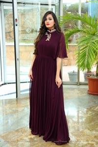 Swetha Jadhav Model