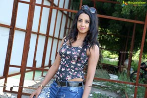 Sanjjanaa Galrani