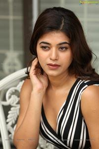 Yamini Bhaskar Heroine Photos