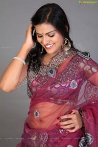 Beautiful Indian Women in Saree
