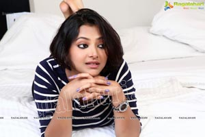 Swetha Basu Prasad Bedroom Photos