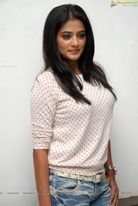Priyamani Charulatha