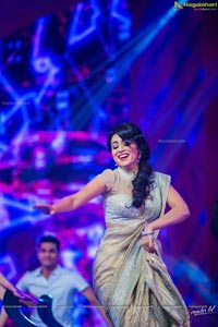 Shriya at SIIMA 2013 Photos